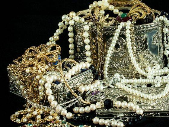 Jewelry Statistics