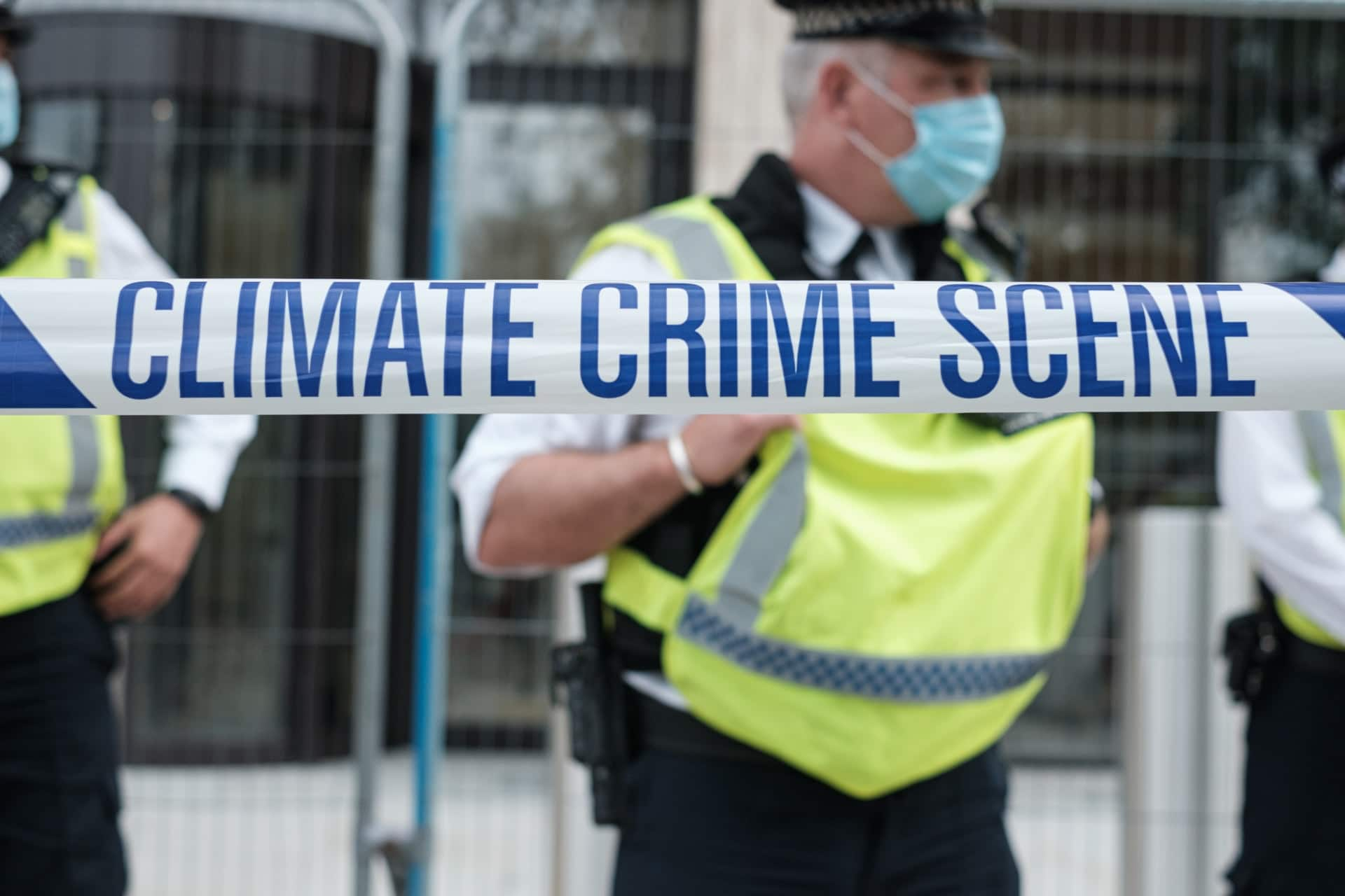 Finance News - Former BoE Head: Climate Crisis Demands Further Regulation