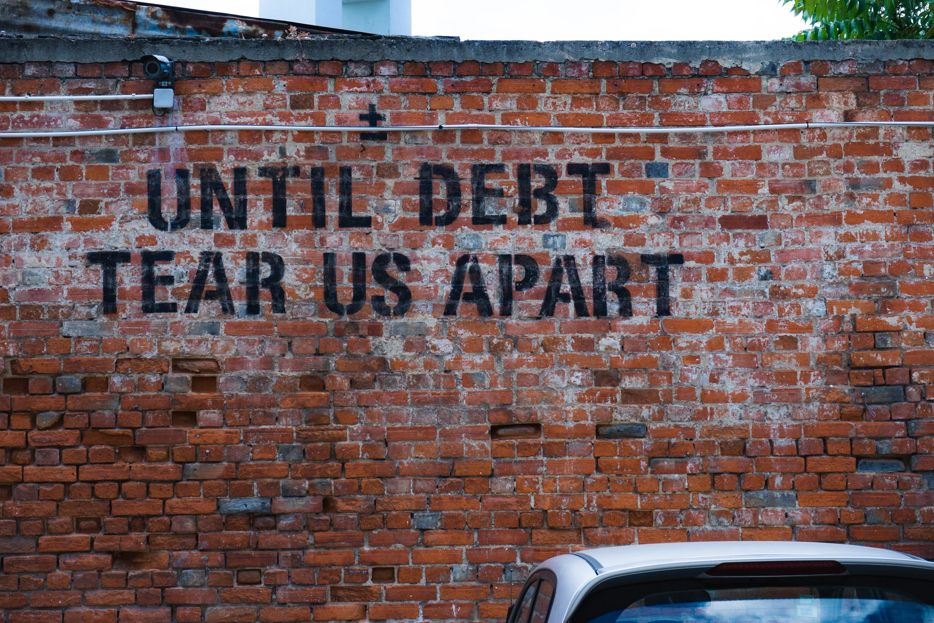 Finance News - US Household Debt Soars to Record $14.96 Trillion